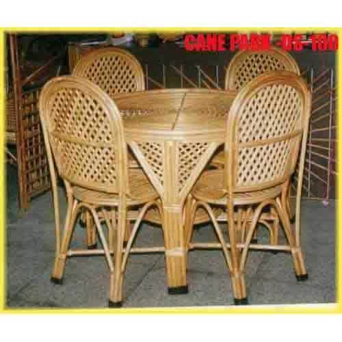 Dining Table Set In Chennai Suppliers Dealers amp Traders : 527 from www.tradeindia.com size 500 x 500 jpeg 21kB
