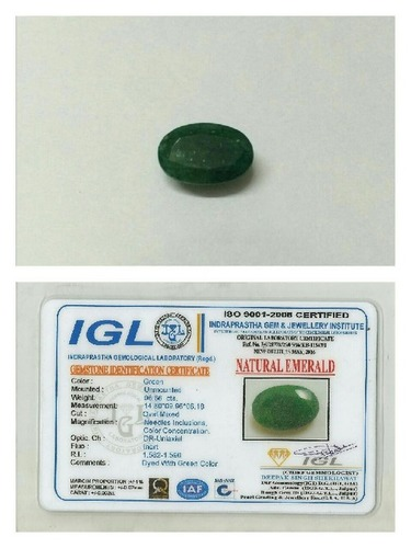 Natural Emerald Gemstone in  Karol Bagh