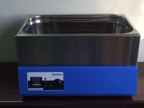 Laboratory Water Bath in  Basveshwar Nagar