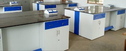 Physics Lab in  Saravanampatty