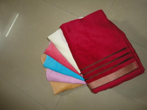 Velour Towel in   Chatti Gali