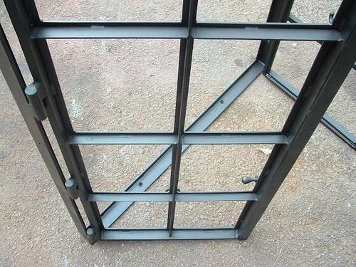 Steel Windows in   Kalibari Road