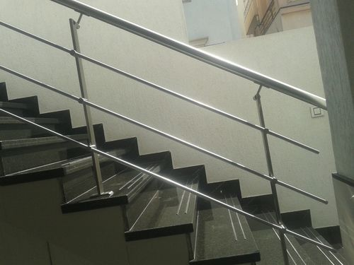 Stainless Steel Railing in  Dahisar (E)
