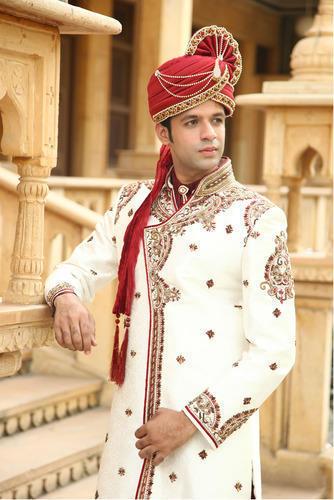 Elegant Men's Sherwani