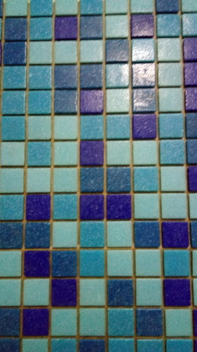 Reliable Glass Tiles For Swimming Pool