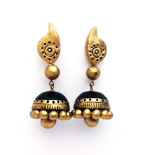 Golden Black Hanging Earring