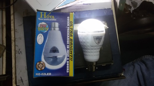 Rechargeable AC DC Bulb in  Tri Nagar