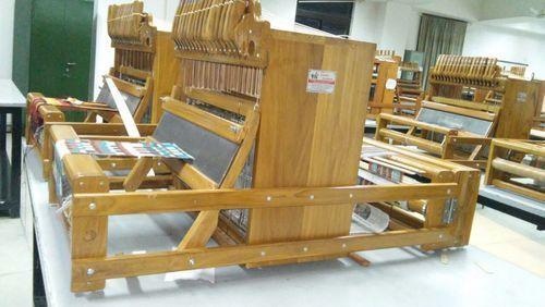 Handloom Weaving Machinery