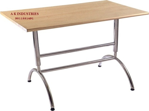 Cafe Stainless Steel Tables