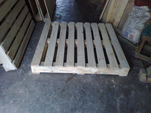 Industrial Wooden Pallets in  Charkop-Kandivali (W)