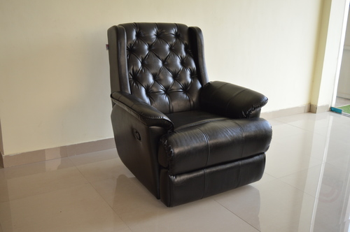 Modish Recliner Chair in  Kirti Nagar