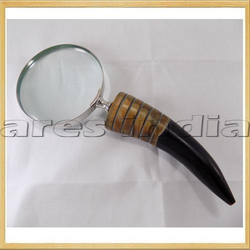 Buffalo Horn Magnifying Glass