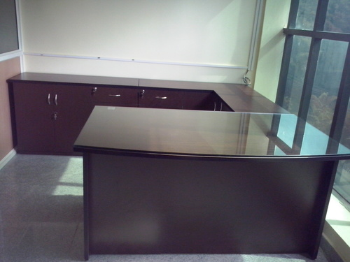 Stylish Executive Tables