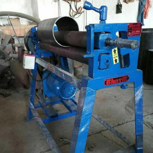 Universal Plate Bending Roller in  Rakhial
