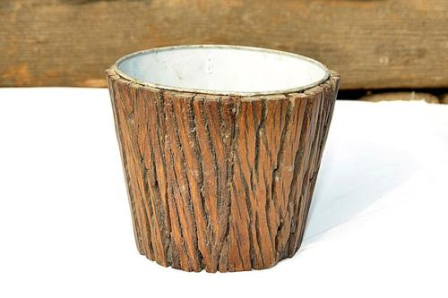 Round Wooden Barrel Planter in  Asalatpura