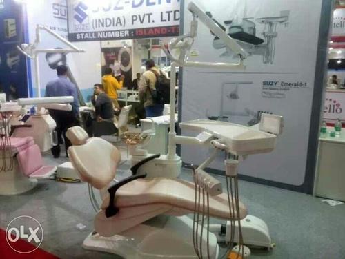 Suz Dent Dental Chair