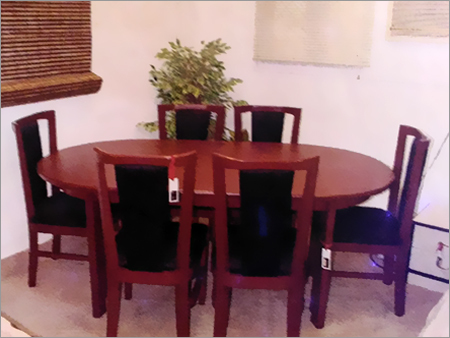 Round Dining Table Set in  Maduravoyal