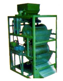 Single and Double Drum Type Magnetic Separator in  Odhav