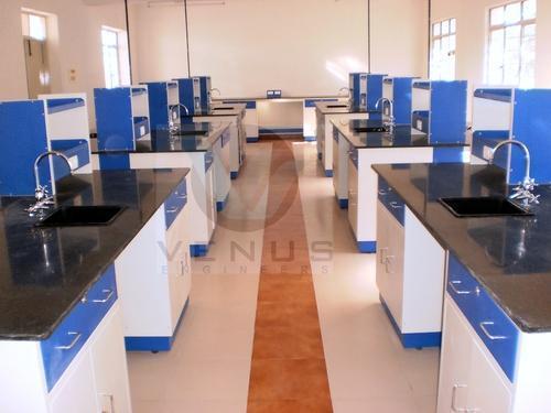 Chemistry Lab Table in  Narasimha Naiken Palayam