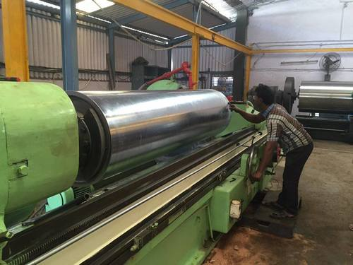 Cylindrical Grinding Machines in   GIDC