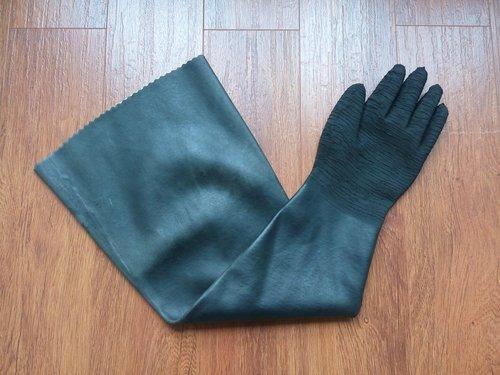 Sand Blasting Gloves in   Liuquan Road