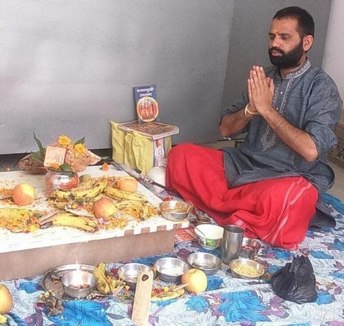 Sandeep Raturi Astrologer Service