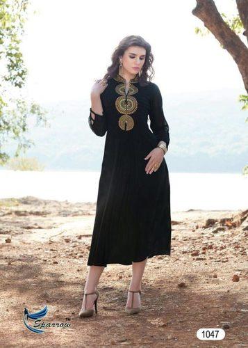 Simple Design Ladies Suits in   Dist. Nalanda