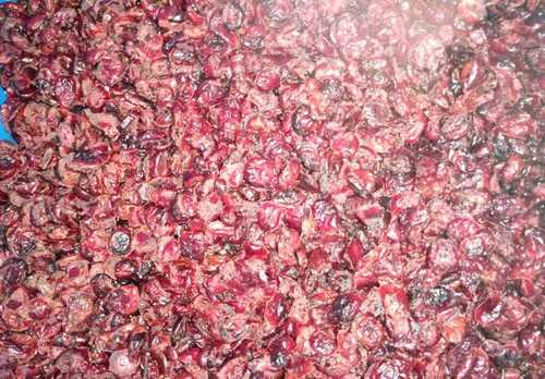 Whole Sweetened Dried Cranberries in  Apmc Mkt-Vashi