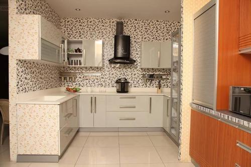 Wooden Modular Kitchen in  Panjagutta