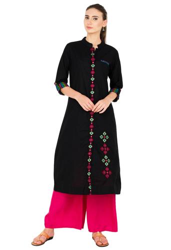 Embroidery Regular Fit Cotton Kurti in  Okhla - Ii