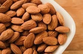 California Almonds in   Lonyai U. 46