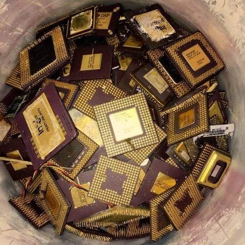 Pentium Pro Gold Processor Ceramic CPU Scraps For Gold Recovery in   Dom 1