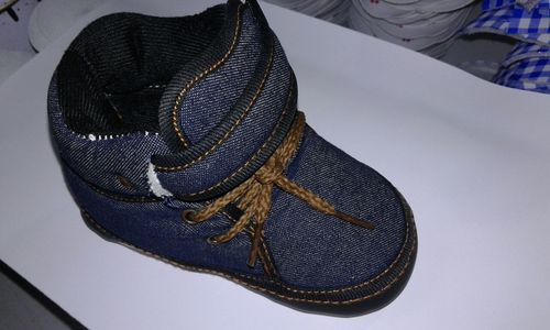 Classic Star Baby Musical Shoes in  Kandivali (W)