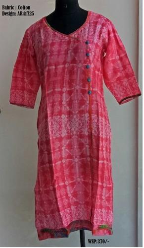 Ladies Printed Cotton Kurtis in   Garhi Cantt.