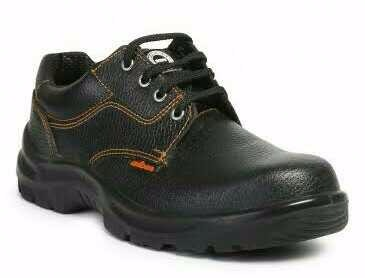 Mens Black Color Safety Shoes in  Shakarpur