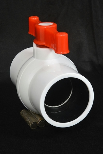 PP White Ball Valve in  Ramol