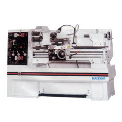 Heavy Duty Lathe Machine in  New Area