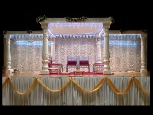 Cloth Mandap in  Makarpura (Vdr)