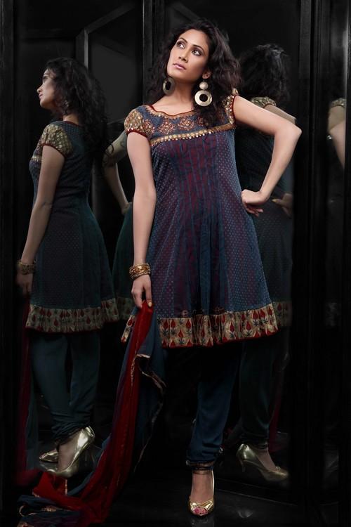 Masakkali Net Fabric Salwar Suit in  Parklane