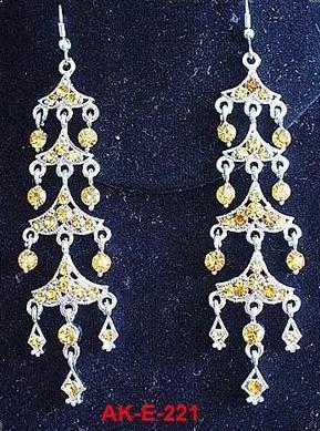 Designer Ladies Ethnic Earrings