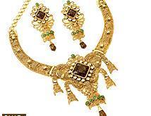 Ethnic Gold Necklace Set