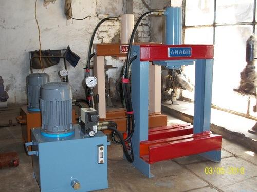 Paper Plate Making Machine in  Dariyapur
