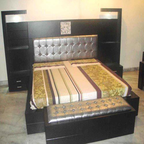 Designer maharaja bed in whs kirti nagar new delhi for Bedroom furniture designs with price in india
