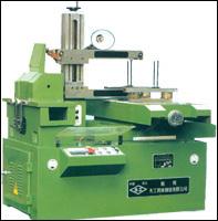 CNC EDM Wire Cut Machine (DK7732/DK7740)