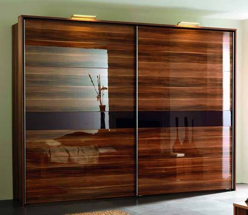 veneer wardrobe in mansarover garden new delhi exporter and manufacturer. Black Bedroom Furniture Sets. Home Design Ideas