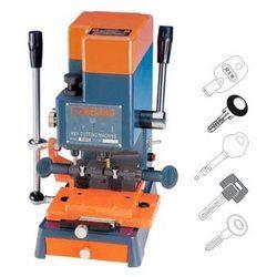 Duplicate Key Cutting Machine