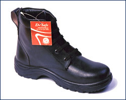 Industrial Safety Shoes in  Shakarpur