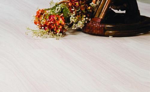 Elegant Wooden Floorings in  Mahim (W)