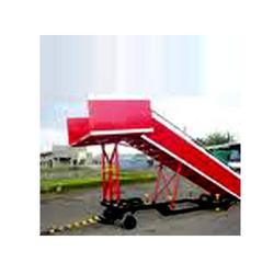 Towable Step Ladder