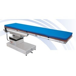 Hydraulic O.T. Table - Tyco 8007 in   Industrial Area